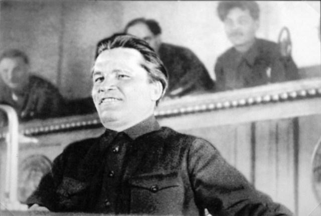 Киров_С_М_выступает_на_XVII_съезде_ВКП(б)_Москва,_1934